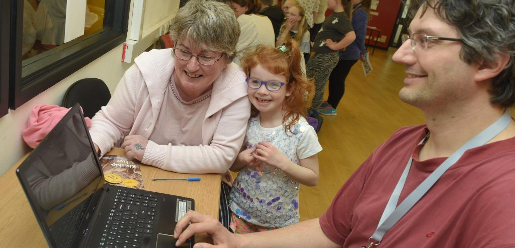 New digital hub to transform access to kinship care information, advice and support